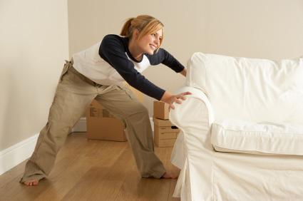 Köp enbart billiga möbler online, t.ex vardagssoffor av denna typ